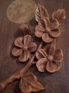 """Scultura in legno """"fior di pesco"""""""