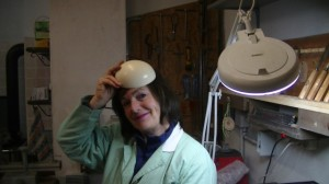 Mariangela Steffenino con l'uovo in testa....